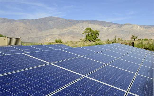 How Do Solar Panels Store Electricity If The Sky Is Cloudy